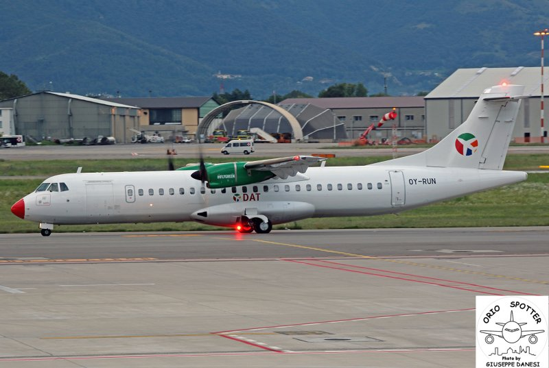 atr 72-60 danis air trasporter oy-run